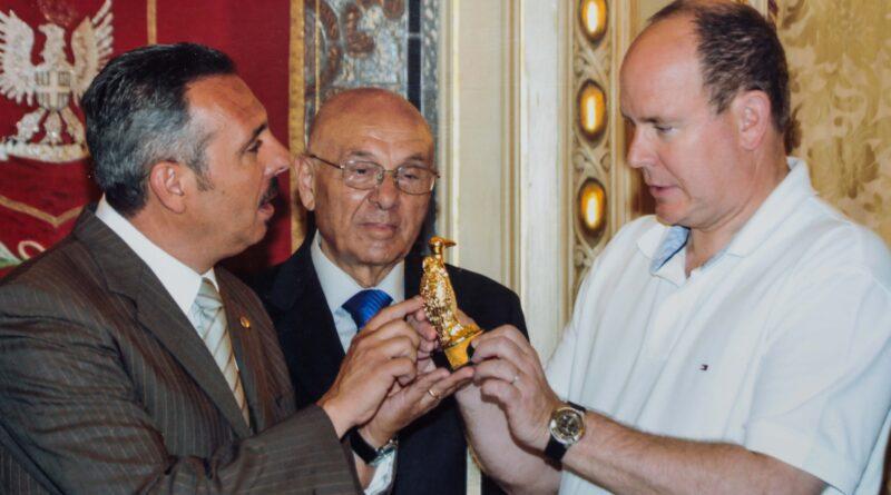 Il principe alberto di monaco a noto, ente fauna siciliana